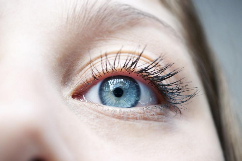 Czy soczewki kontaktowe mogą szkodzić?