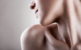 jak usunac wlosy na brodzie?
